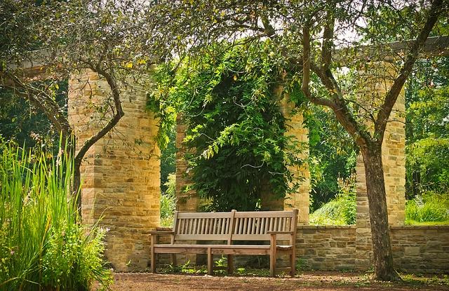 Elektra Aanleggen Tuin : Sfeer in de tuin creëren tuincursus online